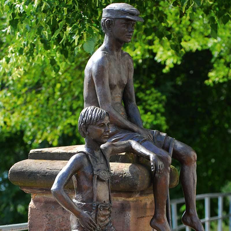 Bronzefigur - Die zwei Knaben - Rotenburg a.d. Fulda