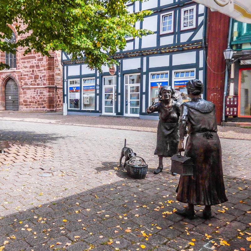 Bronzefigur - Marktweiber - Rotenburg a.d. Fulda